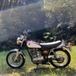 SR400はバイク初心者の女子でも乗れる!キックスタートは女子でも無理じゃない!!
